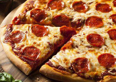 Lucianos Pizzeria Welland Pizza5